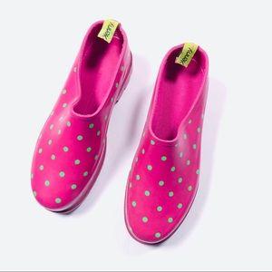 penny love Kenny | Spray Rain Mule Shoes Size 6